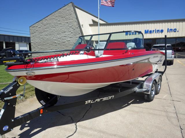 Larson FX 1850 DC Fishing Boat | Buzz's Marine | Nebraska